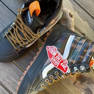 🌴🔆VANS- ALL WEATHER HIKING MOUNTAIN BOOTS🔆🌴